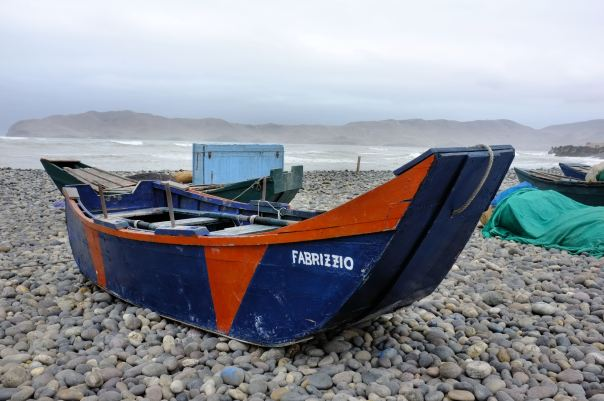 hedy bach photography ~ FUJI x100 ~ boats ~ 3
