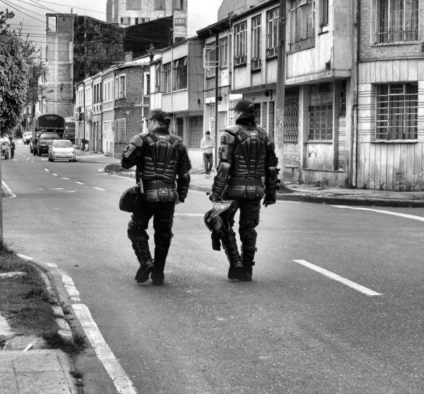 hedy bach photography ~ Bogotá ~ streetlife~ 4