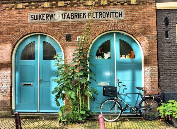 hedy bach photography ~  FujiFilm X100 ~ old Amsterdam ~ 10