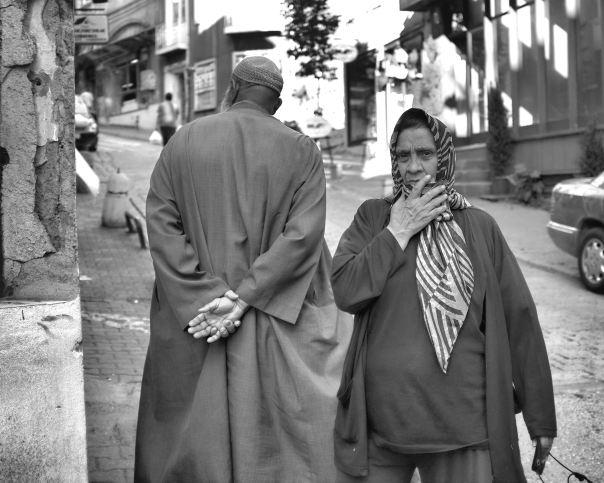 hedy bach photography ~  FujiFilm X100 ~ walking ~ Istanbul ~ 1