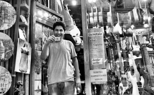 hedy bach photography ~  FujiFilm X100 ~ walking ~ Istanbul ~ 3