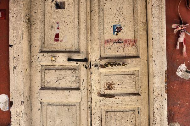 hedy bach photography ~  FujiFilm X100 ~ walking ~ Istanbul ~ 5