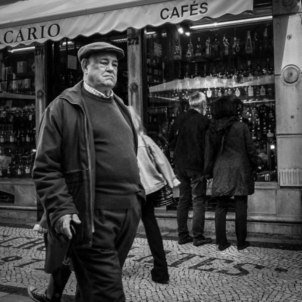 Hedy Bach Photography ~ Lisbon - man -1a.jpg