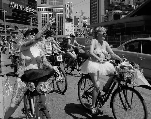 Hedy Bach Photography - nude bike ride - 9