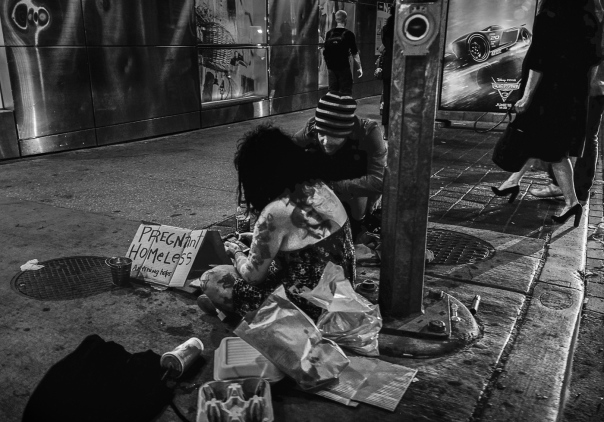 Hedy Bach Photography - TO - homeless b-w - 9