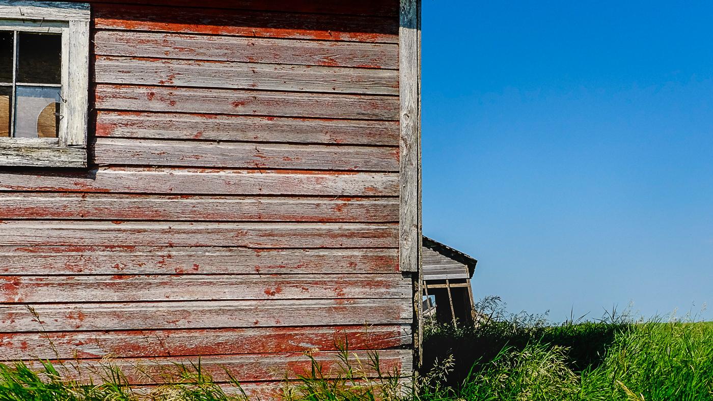 Hedy Bach Photography - SASK - barn and broken window
