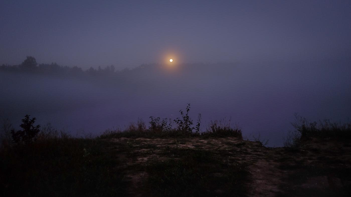Hedy Bach Photography - moon walk - 6