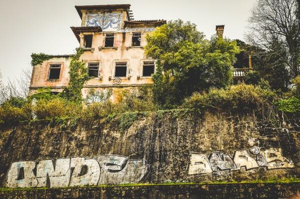 hb images - Porto - abandoned - 2
