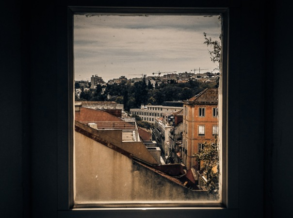 hb images - Lisbon - out of the window - 1_