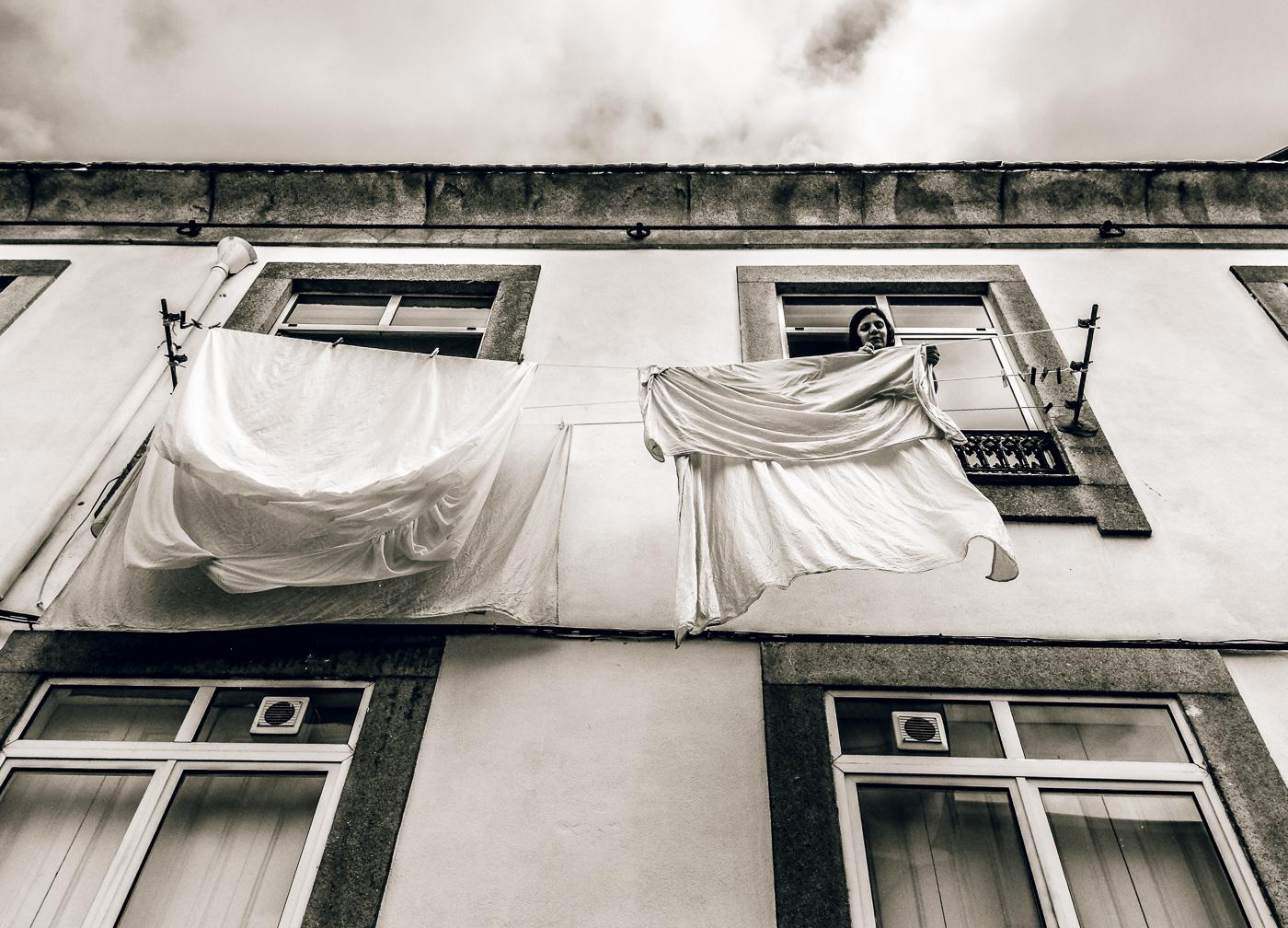 hedy bach images - Porto - b-w mem - 2