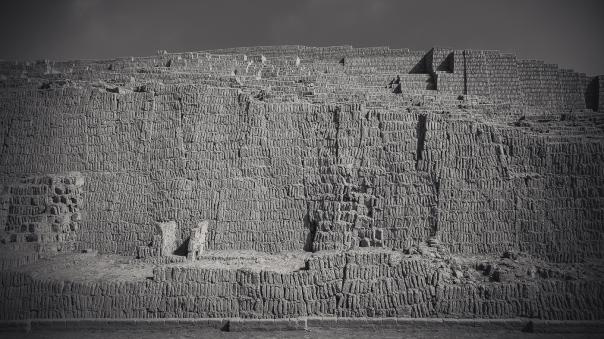 hedy bach images - Huaca Pucllana - 4